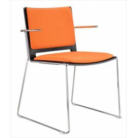 Plastová židle FILO s čalouněním s područkami